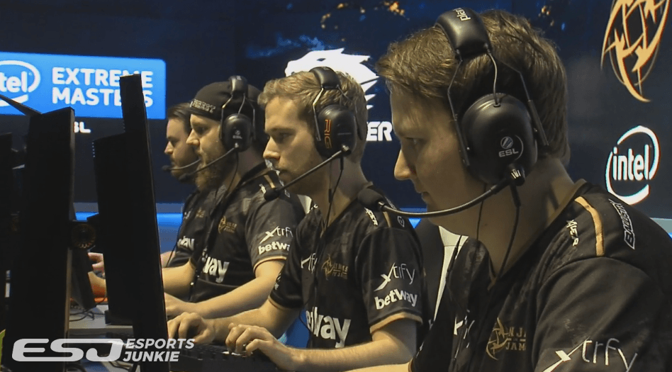NiP best FaZe in BO3 at IEM Oakland Semifinals