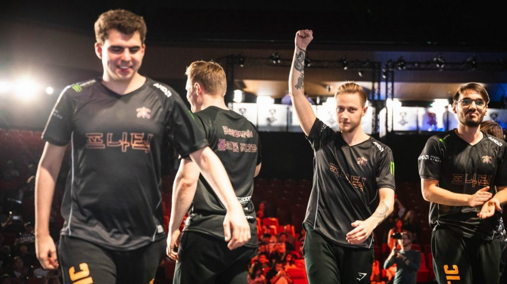 Fnatic crush Cloud9 at the Worlds 2018 Semifinals.