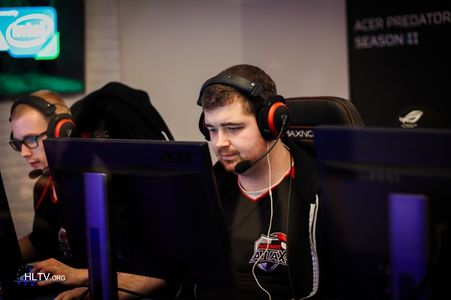 KZy leaves the active roster of Alternate Attax