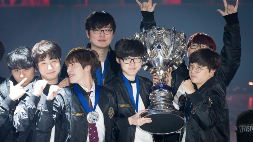 SK Telecom T1 wins World Championship 2016