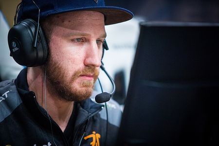 Olofmeister releases statement regarding his return to Faze Clan