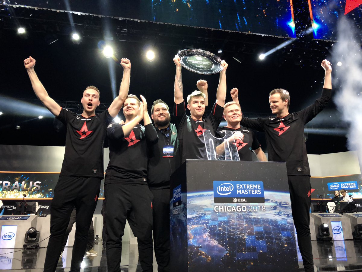 Astralis win 3-0 versus Team Liquid to lift IEM Chicago 2018 Trophy.