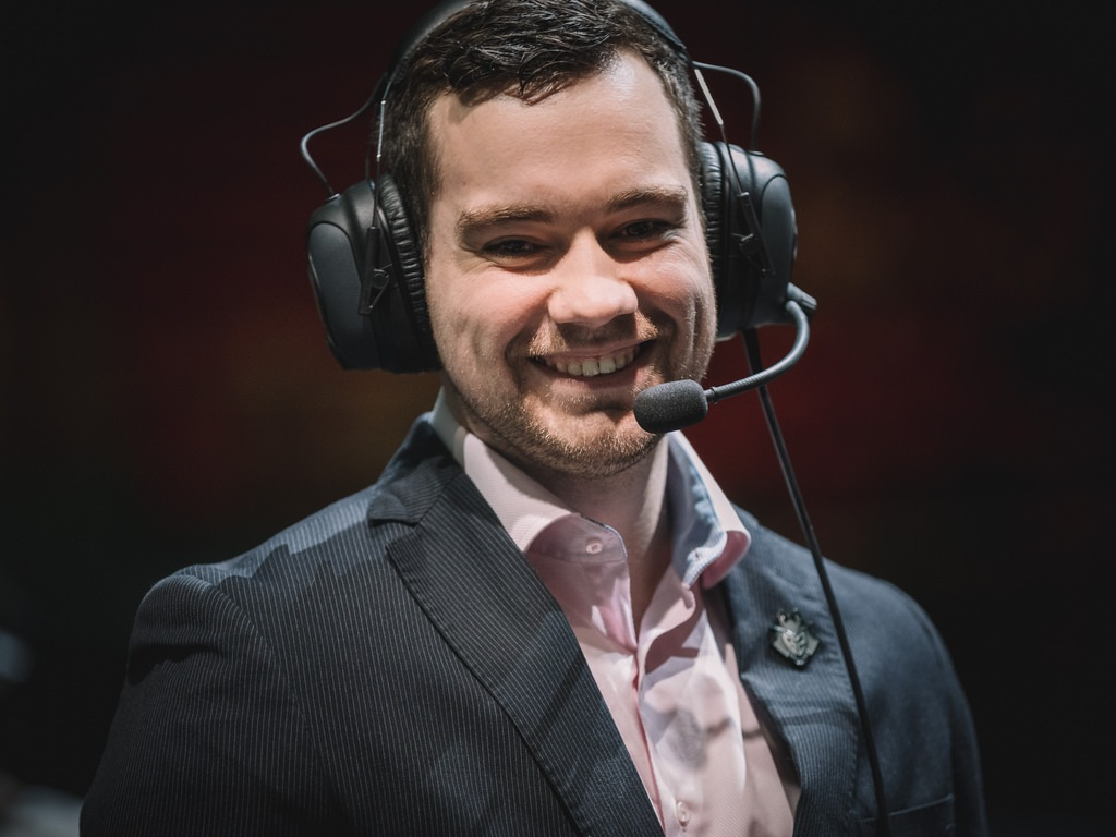 Fnatic add Youngbuck as their Headcoach for 2019 in League of Legends.