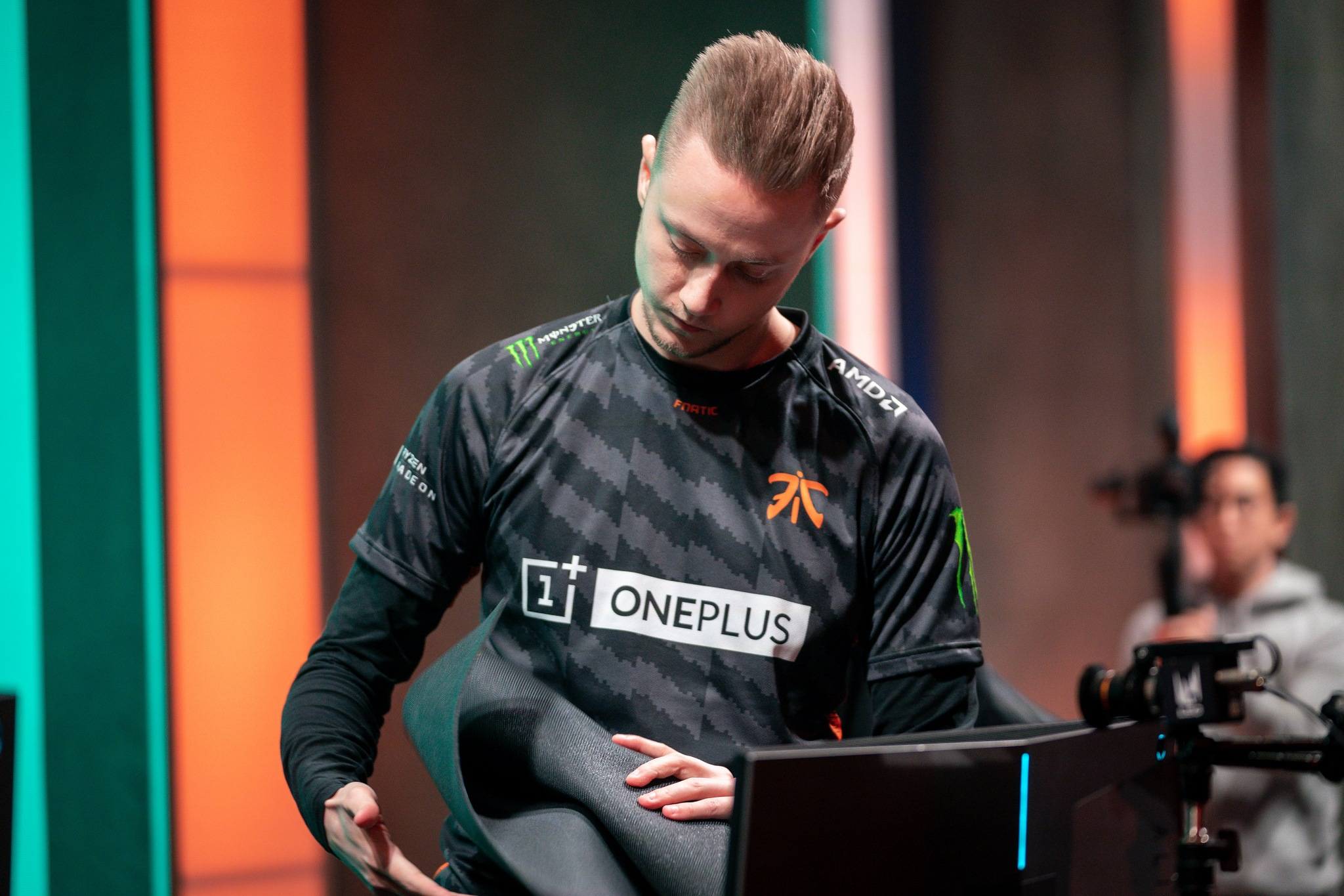 Fnatic will face Origen in the LEC 2019 semi-finals