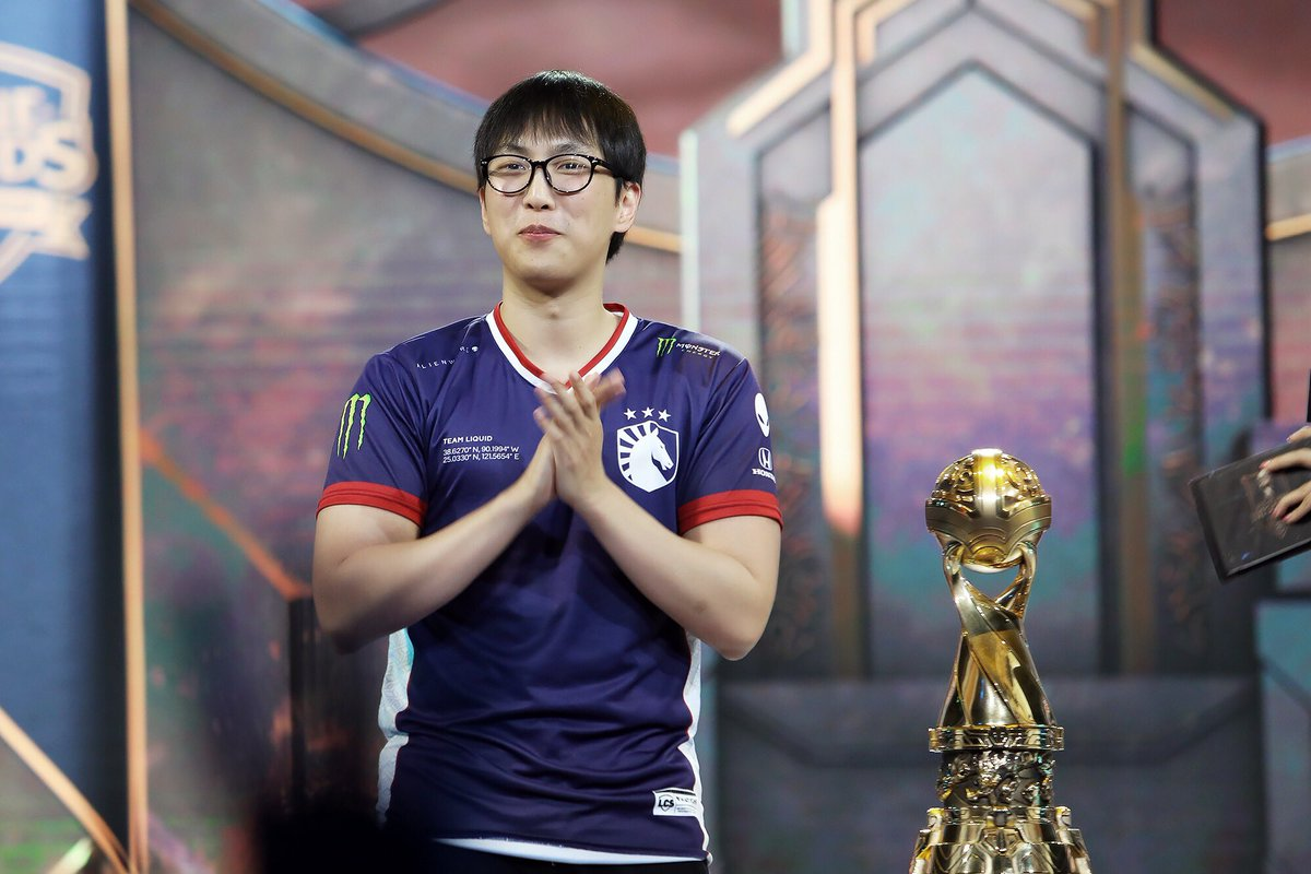 Pulling out the best contender between G2 Esports and SK Telecom T1