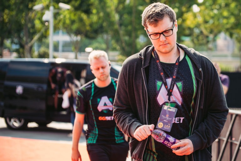 Alliance says goodbye to entire DOTA 2 roster