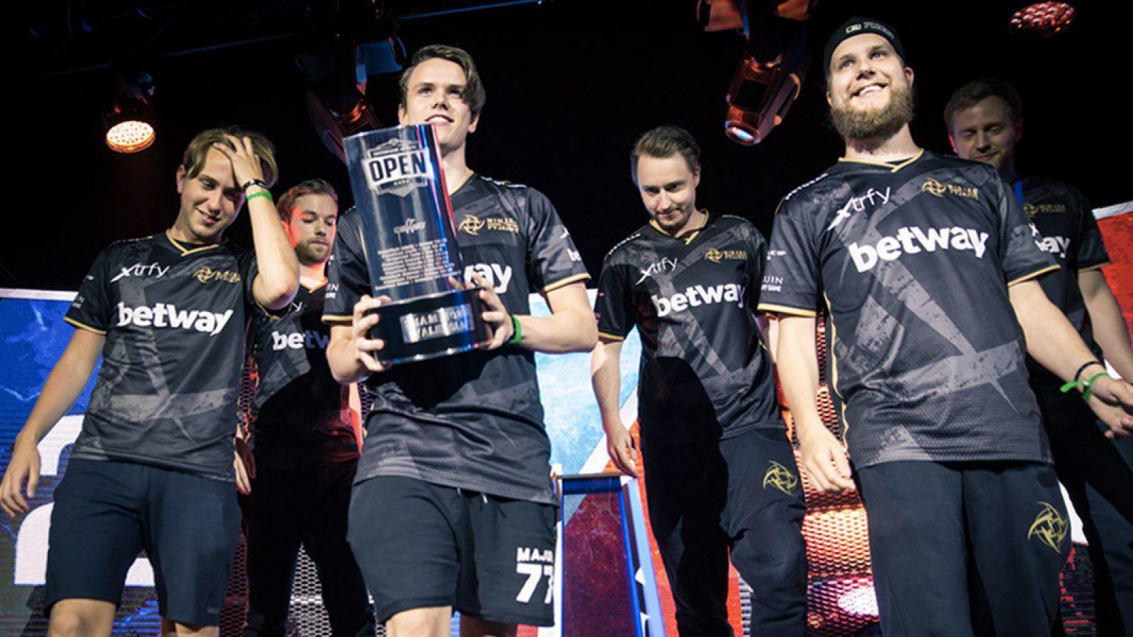 NiP defeated by Evil Geniuses in StarSeries I-league season