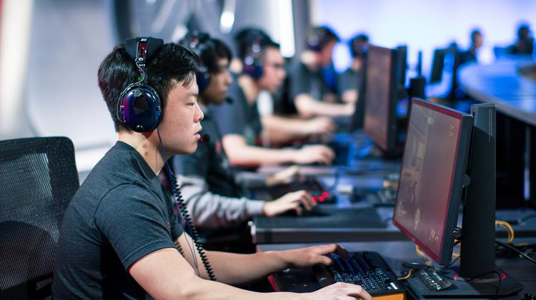 Stress among Esports stars is the same as athletes, claims study
