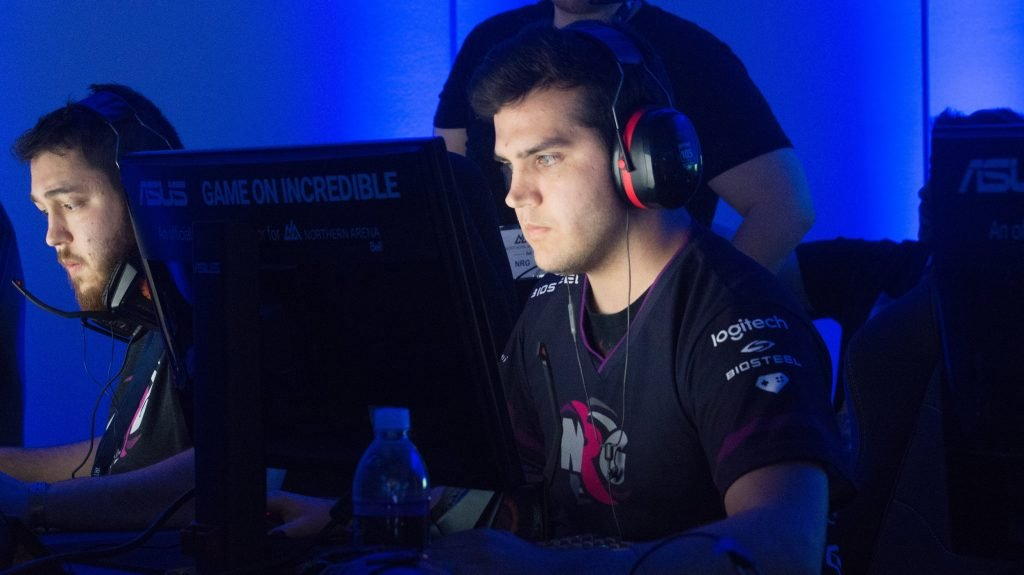 Fugly benched by Team Envy on new CSGO roster