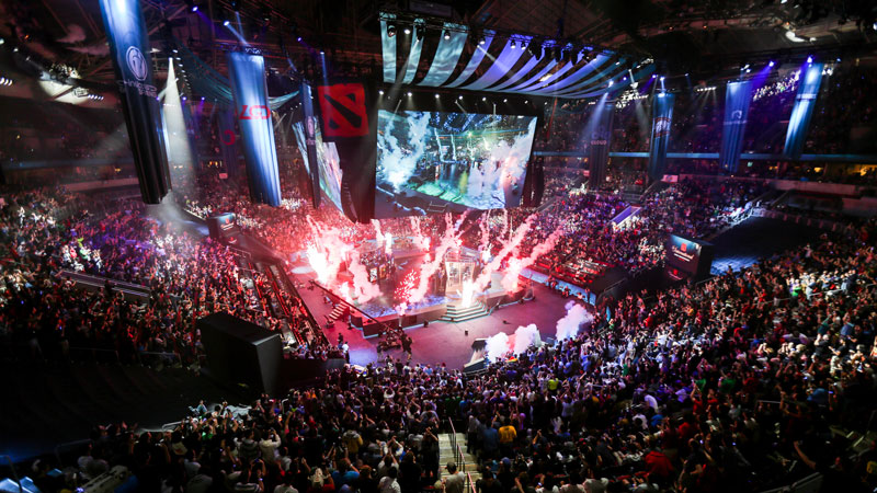 Youtube hits back at Twitch with new esports deal