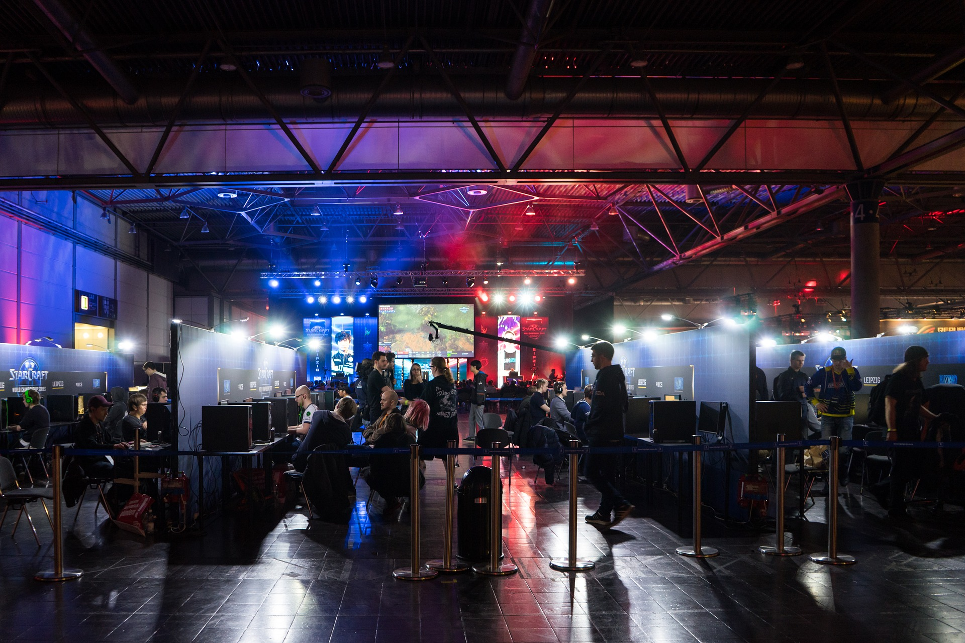 Become the Next Esports Superstar: How to Get into Competitive Gaming